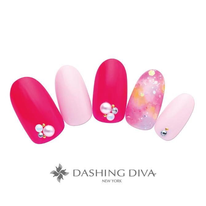 ピンクのワンカラーとホロのポイント使いが華やかなタイダイ柄