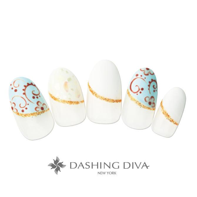バルーンフレンチを白を基調とした配色で美しい陶磁器のようにアレンジしたネイル